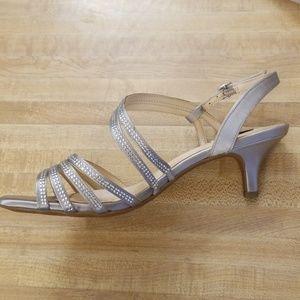 Alex Marie Shoes - Alex Marie silver dress shoes size 8.5 never worn